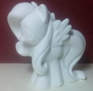 Пони с гривой и крыльями